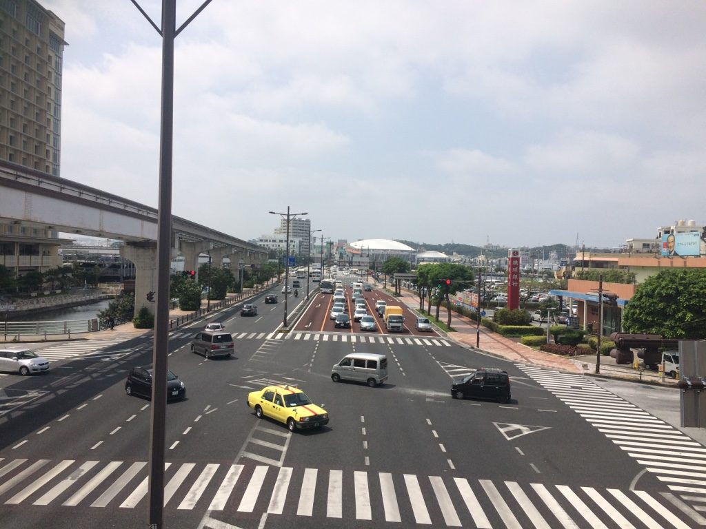 View of the street from Asahibashi Station