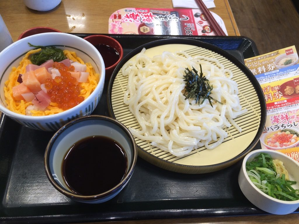 Zaru udon (390 JPY = $4.65 CAD) and small seafood bowl (590 JPY = $7 CAD)