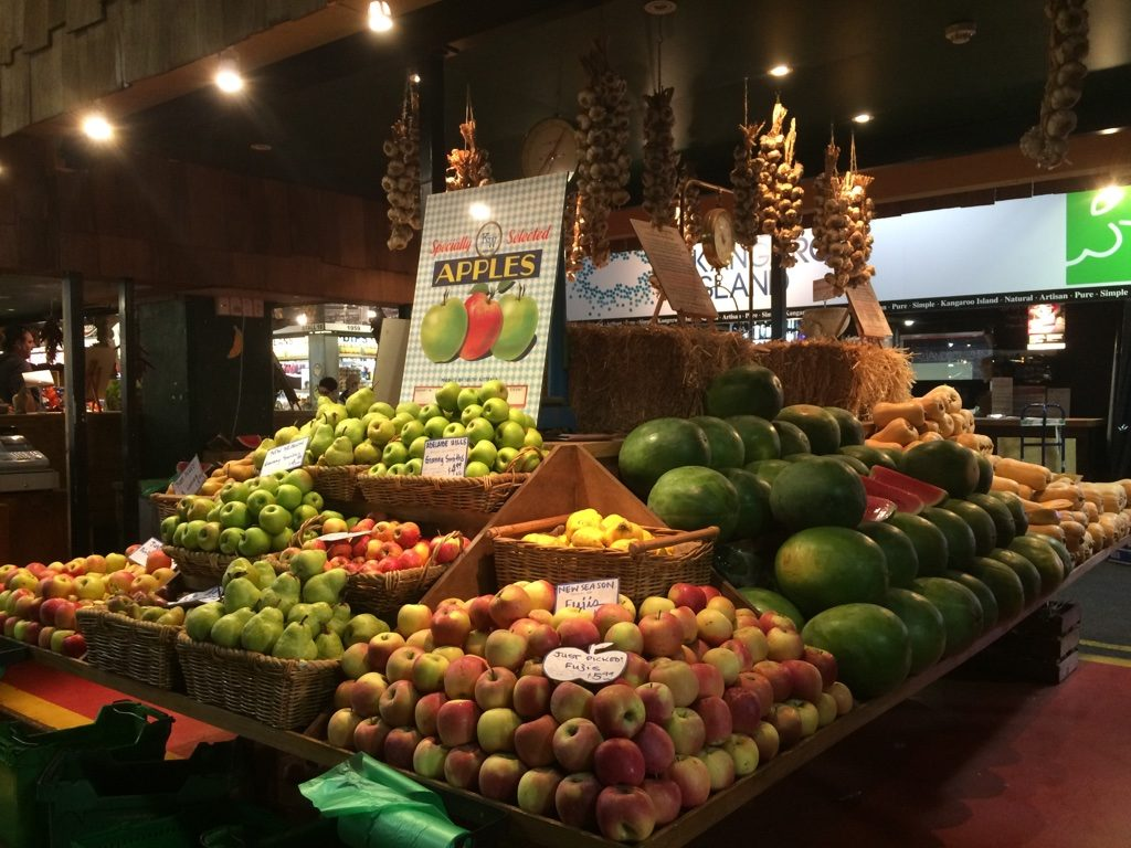 Love all the fruit and vegetable displays in the market