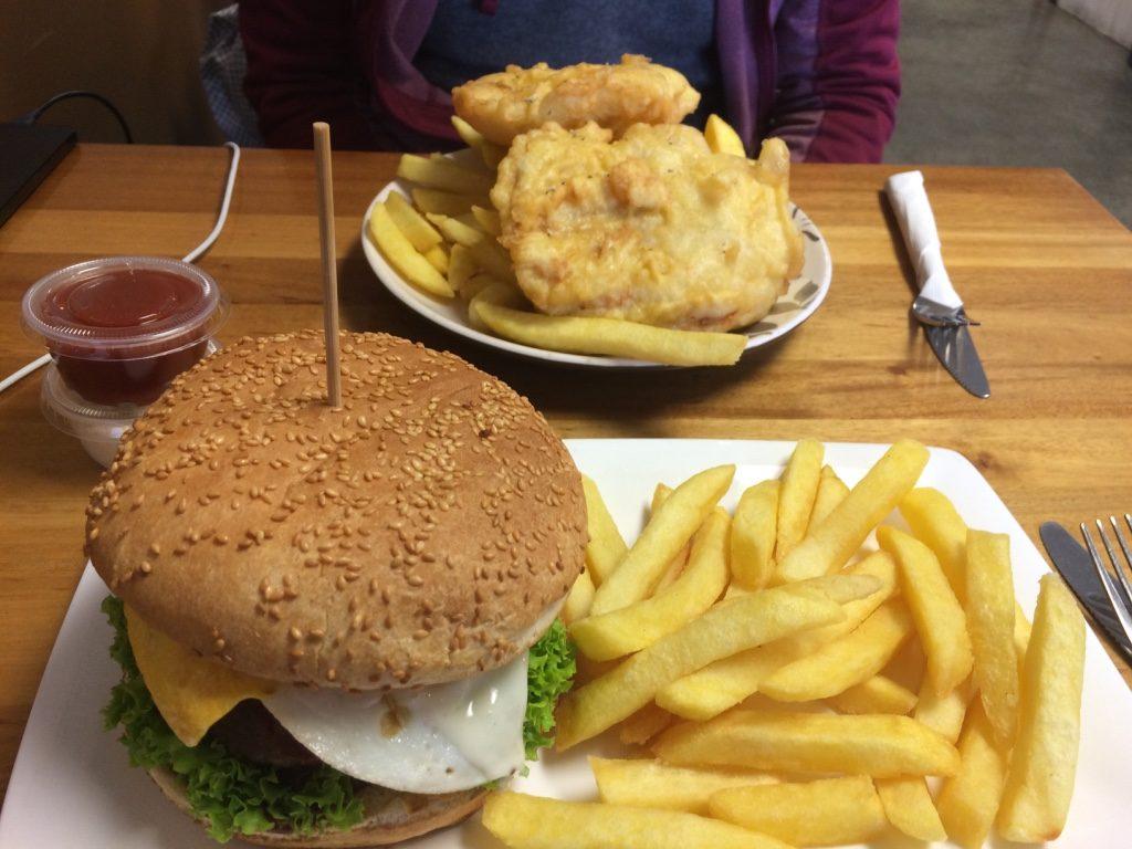 Tim had fish and chips ($8.50 NZD = $7.40 CAD) and I had Aaron's Beef Burger ($9.50 NZD = $8.30 CAD)