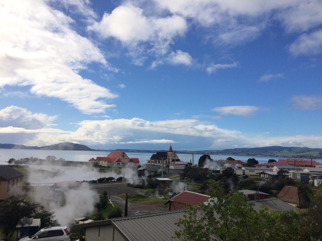 Rotorua (Day 92): Lady Knox Geyser, Lake, and Polynesian Spa