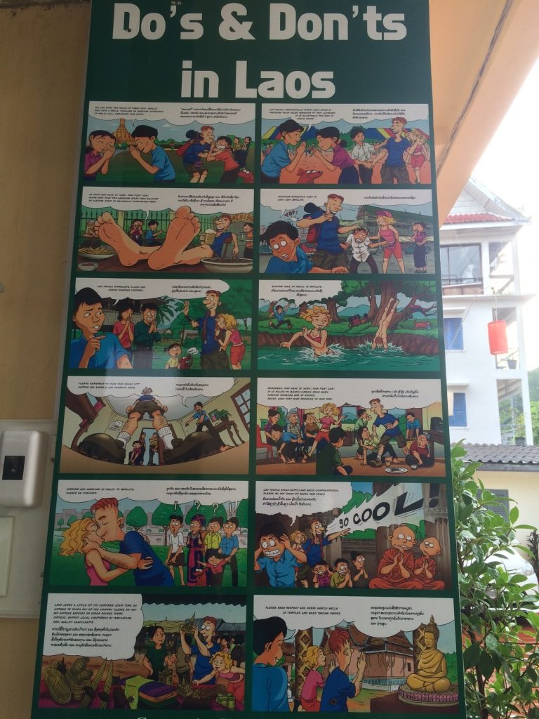 Lao Do's and Don'ts at the Tourist Centre