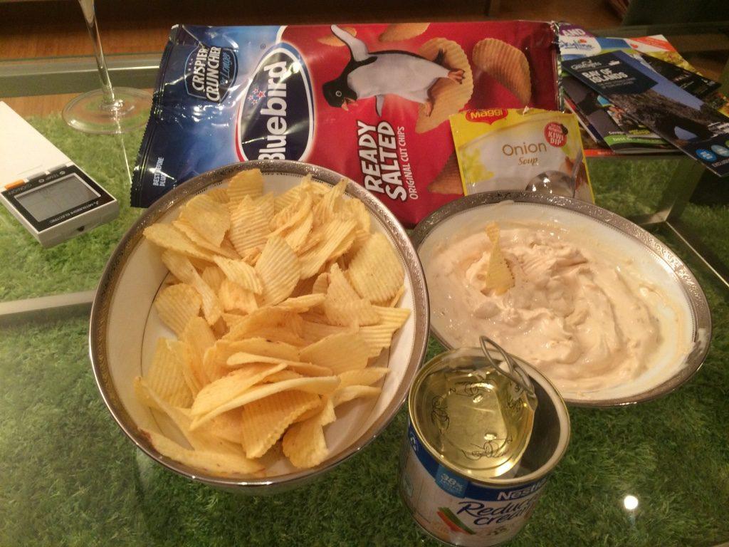 Kiwi dip: reduced cream, Maggi onion soup mix and vinegar