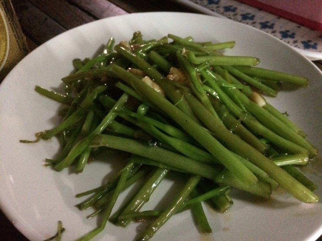 Morning glory with garlic ($2 USD)