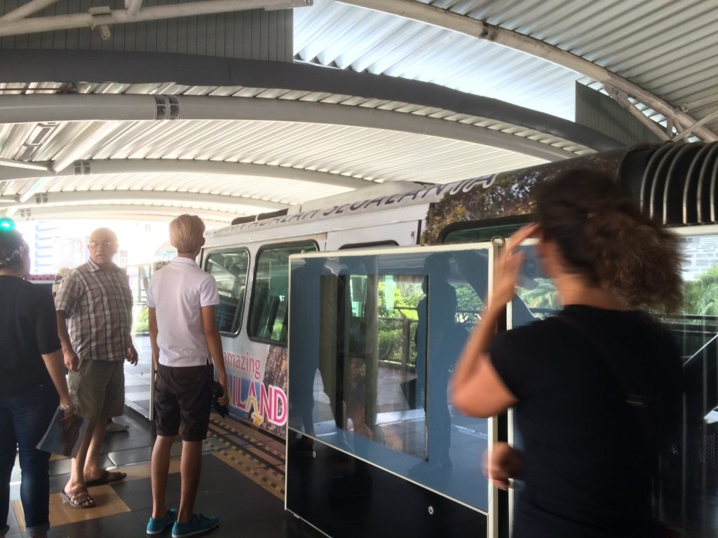 Monorail to Chinatown